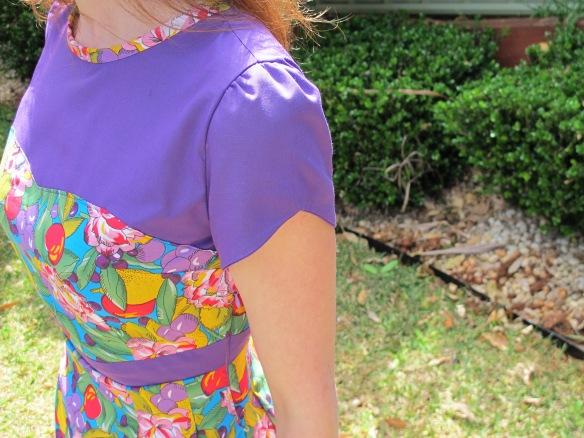 Colette Macaron - adorable sleeves