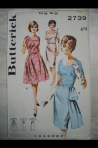 Butterick vintage 2739 - there is one of those flounce things!