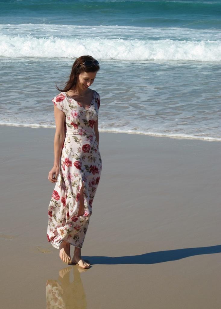 Anna Rose - a girly girly dress