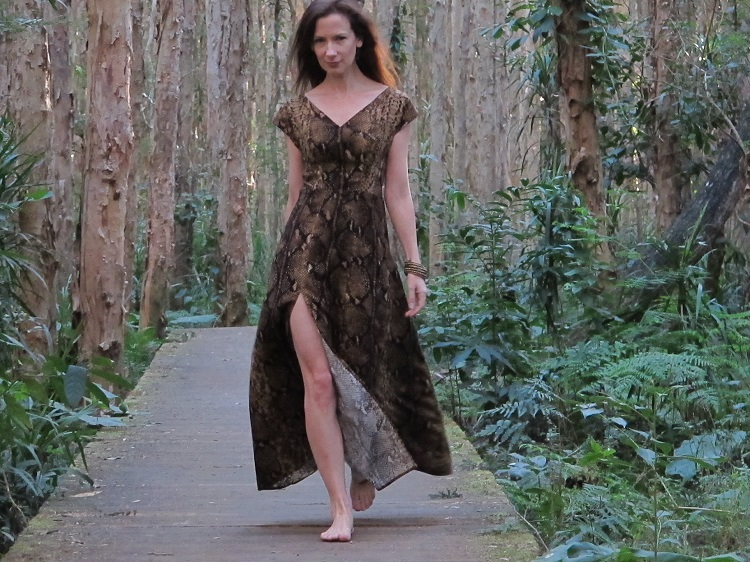 Jungle Anna - there's that wild thigh slit... I finished it a little higher than Anna Roses...
