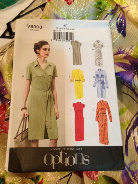 Vogue 8903 - shirtdress fever hits!