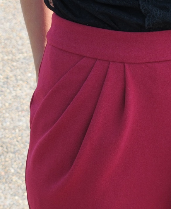 Sinbad & Sailor O'Keeffe Skirt, pleats detail