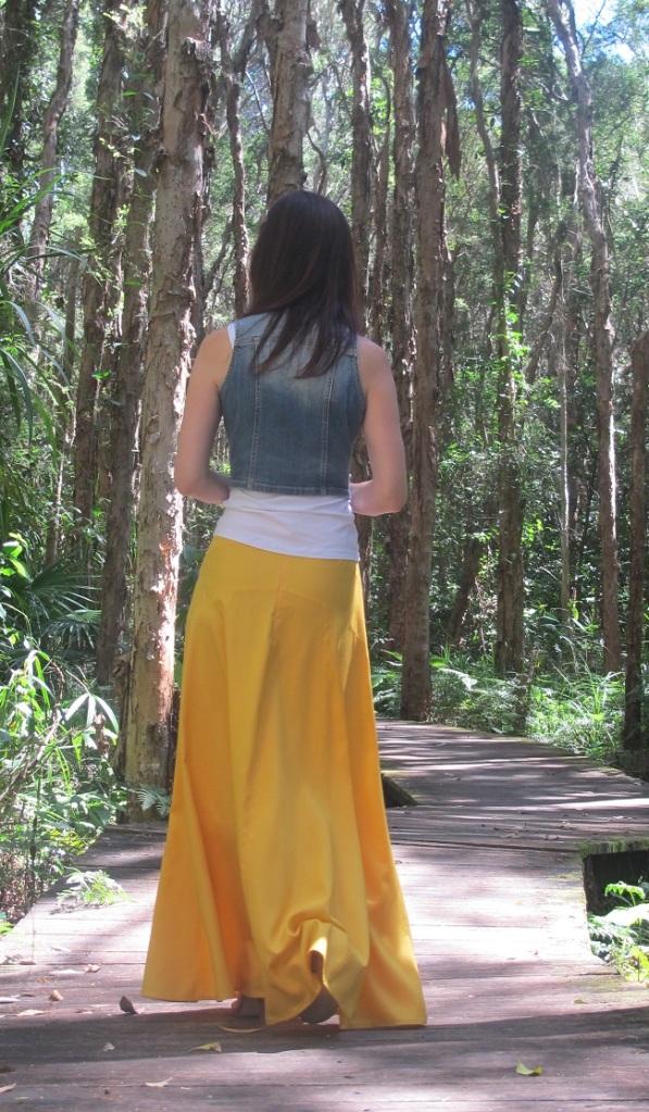 Sewaholic Gabriola Skirt - back view.