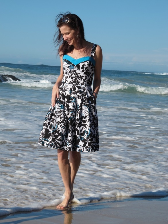 New Look 6048 - my Hello & Goodbye Summer Dress.