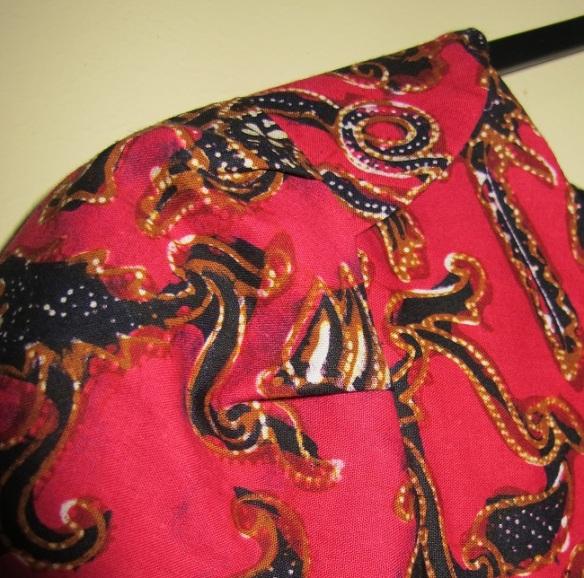 Shoulder and sleeve detail