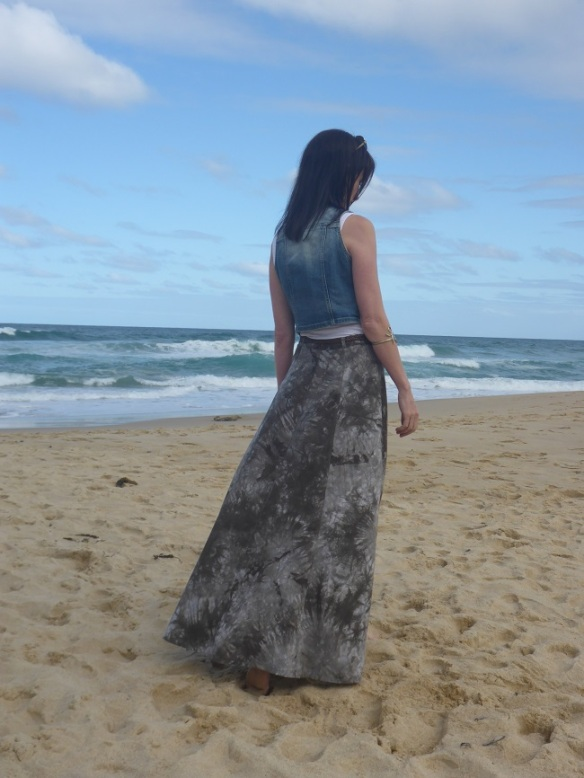 Fumeterre Skirt, Deer and Doe: back view