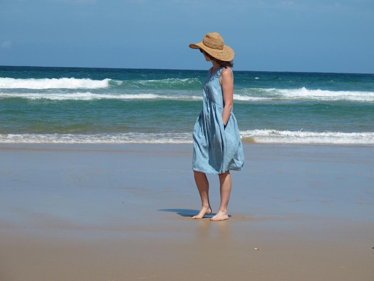Lisa Dress, Tessuti Patterns, side view